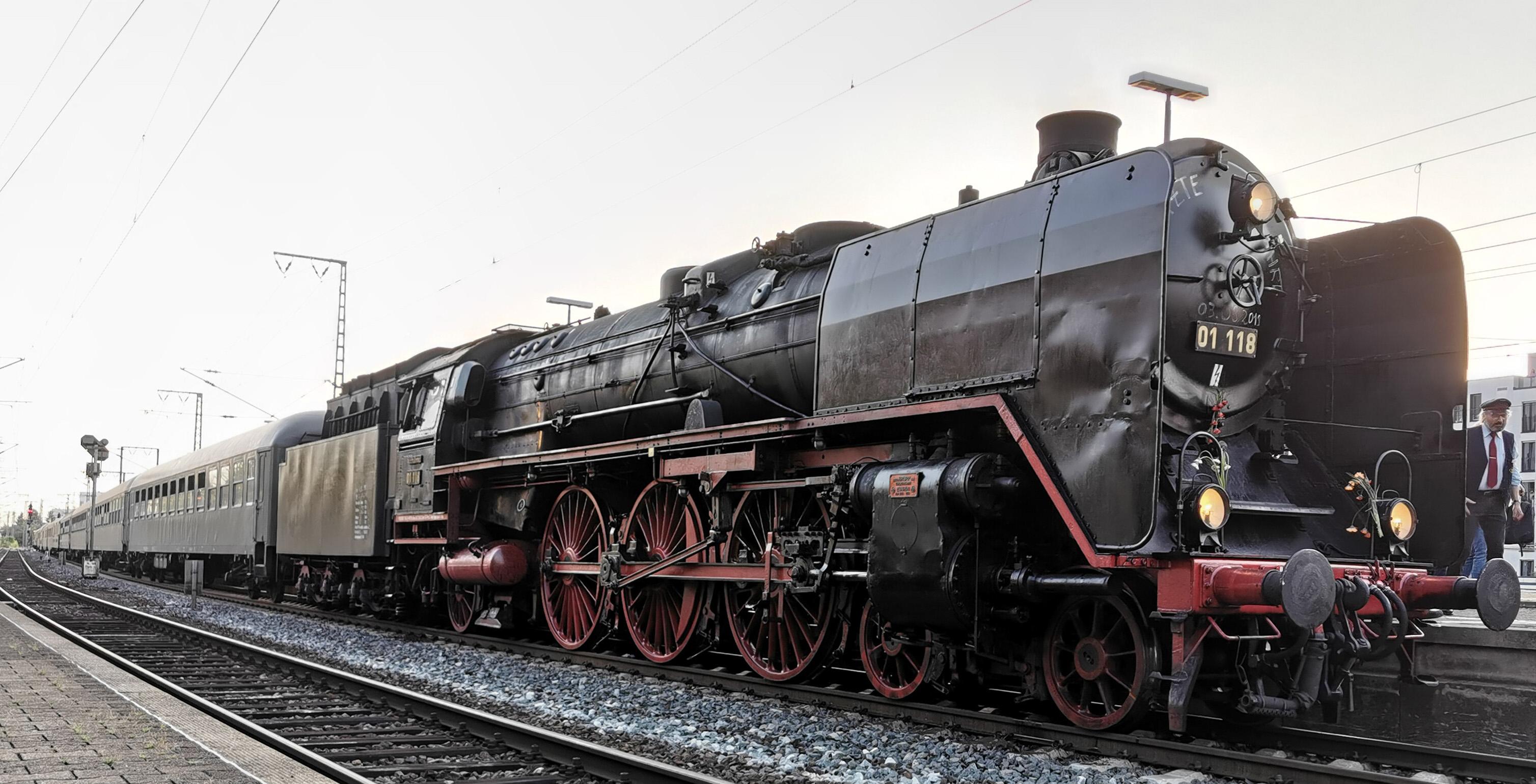 Lok 01 118 in Koblenz-Lützel, 2015