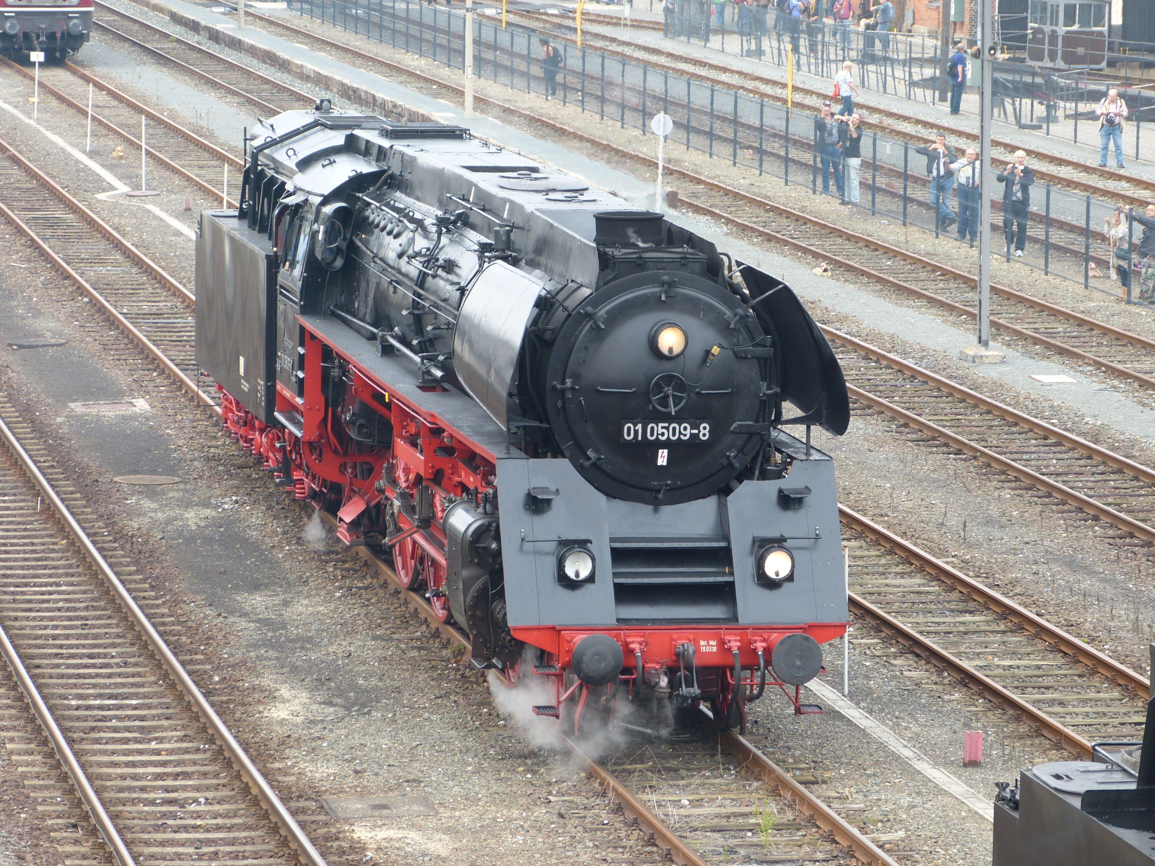 Dampflok 01 509 in Neuenmarkt-Wirsberg, 2014