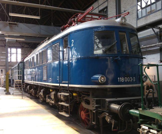 Lok 118 003 in Koblenz-Lützel, 2015