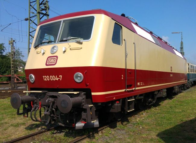 Lok 120 004, Koblenz-Lützel, 2015