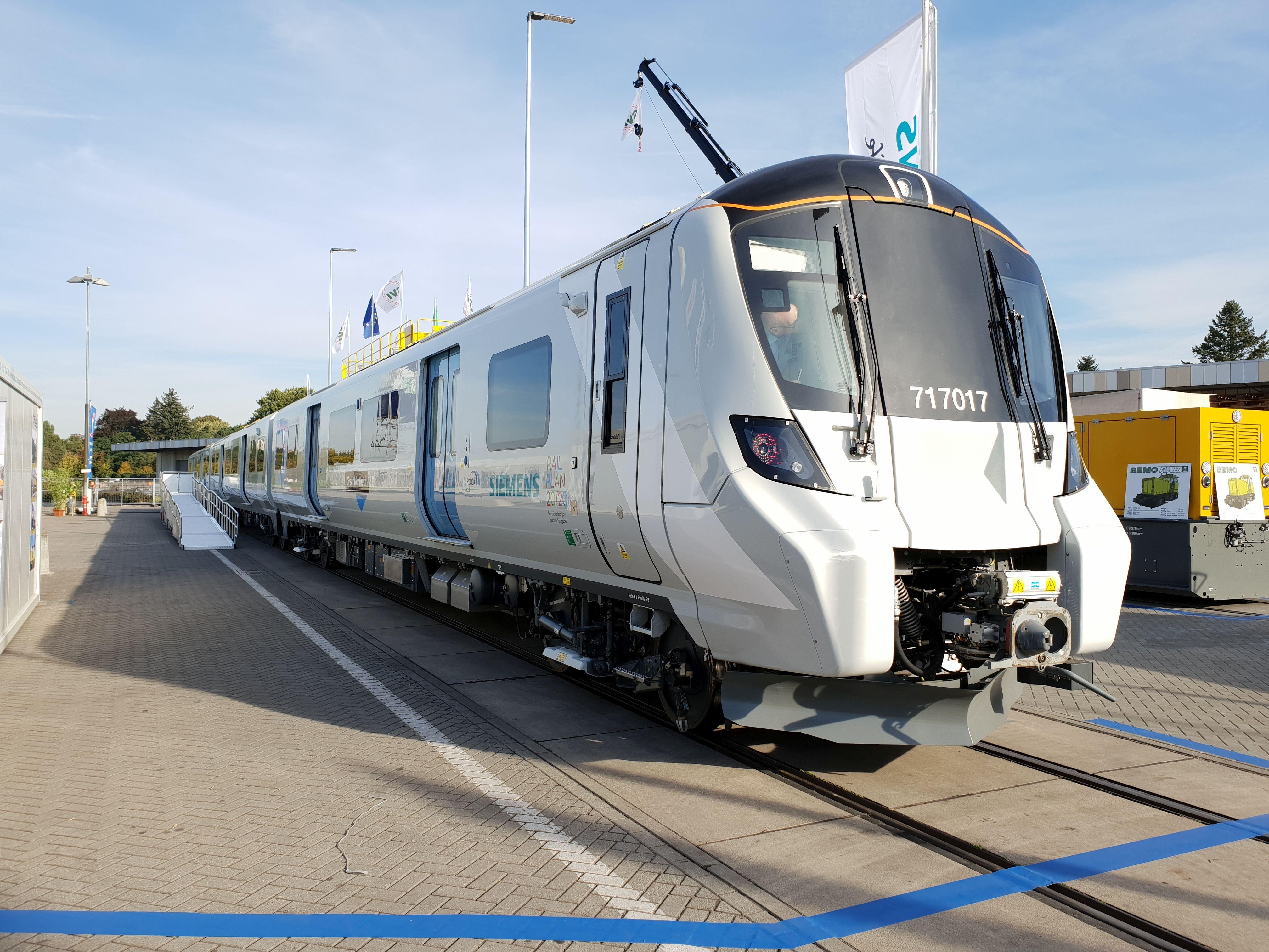 Foto: Siemens Desiro City für greatnorthern auf der Berliner Innotrans 2018